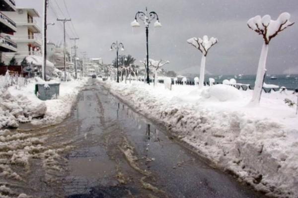 Έρχεται χιονιάς ανάλογος του 2002: Είχε στρώσει 1 μέτρο χιόνι ακόμα και σε παραθαλάσσιες περιοχές!