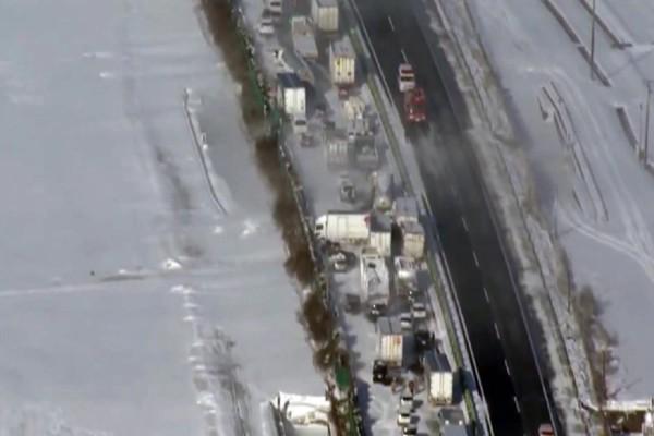Ιαπωνία: Καραμπόλα 130 αυτοκινήτων λόγω του χιονιά! (Video)