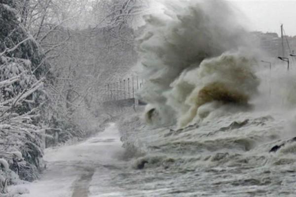Νέο έκτακτο δελτίο καιρού: Προσοχή σε αυτές τις περιοχές από το βράδυ της Τρίτης (12/1)