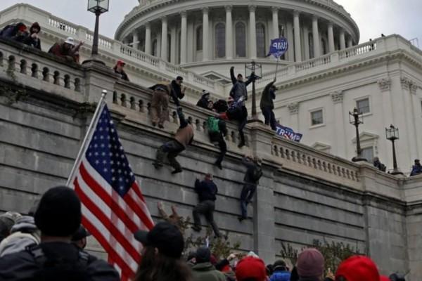 Εισβολή στο Καπιτώλιο: Σε συναγερμό οι ΗΠΑ για ένοπλες διαδηλώσεις -