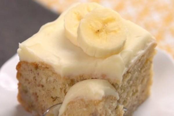 Καταπληκτική συνταγή για κέικ μπανάνας που θα σας ξετρελάνει!