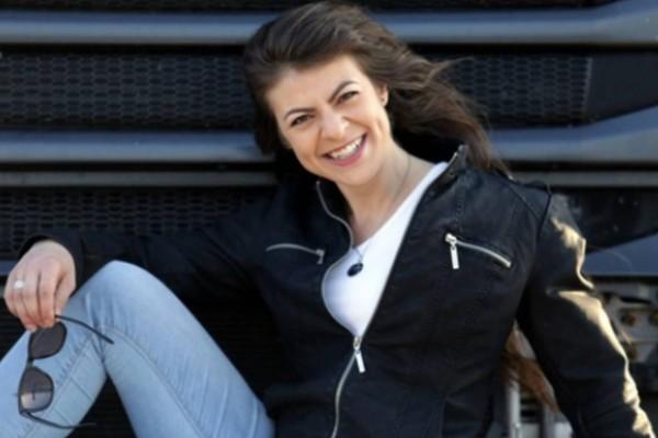 Η 25χρονη από την Δράμα που είναι η νεότερη οδηγός νταλίκας στην Ελλάδα!