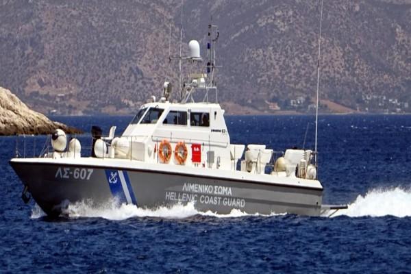 Ναυάγιο στη Μυτιλήνη: Βρέθηκε ένας νεκρός - Αγνοούνται τρία άτομα