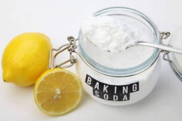 3+1 θεραπείες με μαγειρική σόδα και λεμόνι για τρομερά αποτελέσματα