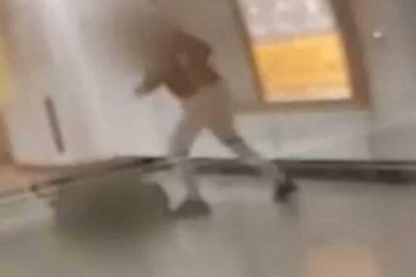 Επίθεση στο Μετρό της Ομόνοιας: Θέμα χρόνου η σύλληψη των… ψευτόμαγκων - Συγκλονίζει ο σταθμάρχης που χτυπήθηκε