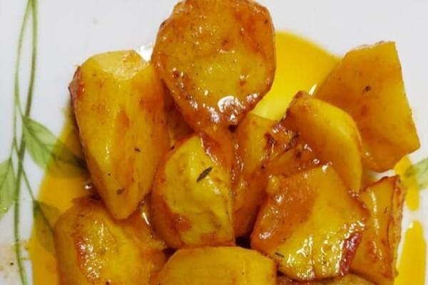 Καραμελωμένες πατάτες φούρνου να σας τρέχουν τα σάλια