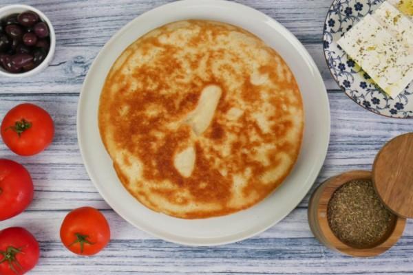 Πανεύκολο ψωμί στο τηγάνι με μόλις 5 υλικά (Video)