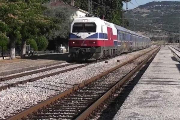 Θρίλερ στη Θήβα: Βρέθηκε πτώμα στις γραμμές του τρένου