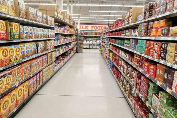 Σούπερ μάρκετ: Πότε ανοίγουν και ποιο το ωράριο λειτουργίας τους