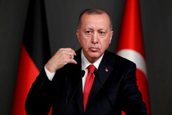 Αιφνιδιαστική κίνηση από τον Ερντογάν: