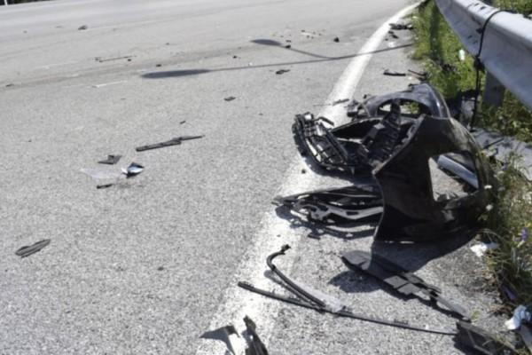 Σάμος: Τροχαίο δυστύχημα κατέληξε σε τραγωδία για μία παρέα νέων - Ένας νεκρός