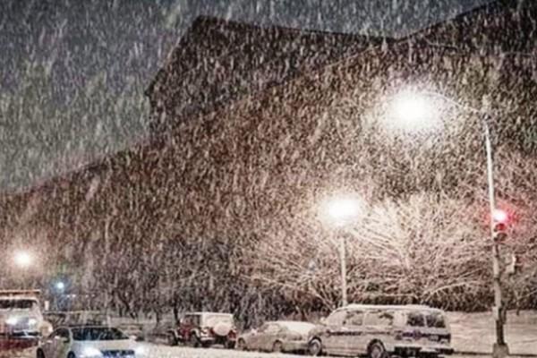 Ισχυρή χιονόπτωση το βράδυ της Πέμπτης στην Αττική