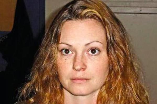 34χρονη δασκάλα γυμναστικής κακοποίησε ερωτικά 13χρονο μαθητή της!