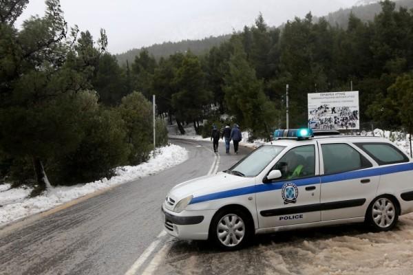 Μεγάλο μποτιλιάρισμα στη λεωφόρο Πάρνηθος - Διεκόπη η κυκλοφορία