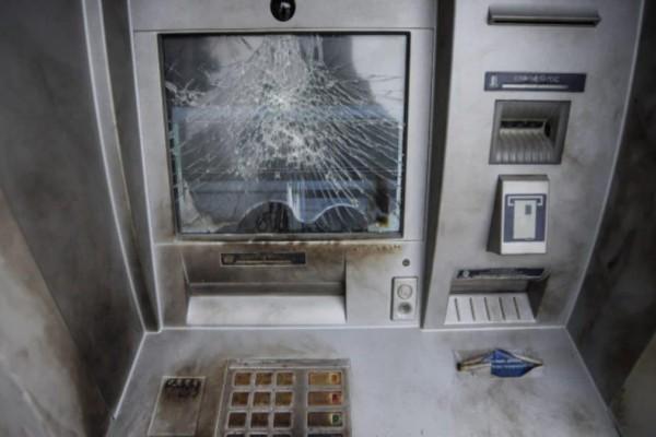 Έκρηξη σε τράπεζα στο Γουδή