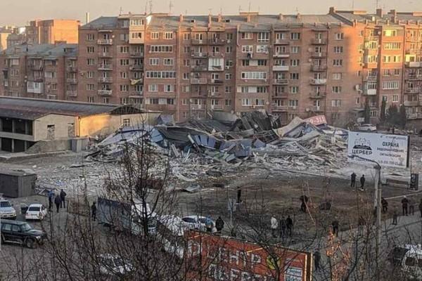 Ισχυρή έκρηξη σε σούπερ μάρκετ στη Ρωσία
