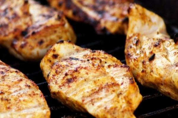 Κοτόπουλο με φανταστική μαρινάδα δυο υλικών και ριζότο λαχανικών