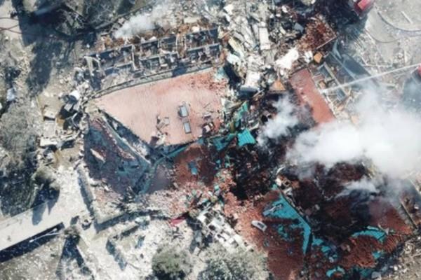 Καστοριά: Το βίντεο από ψηλά που δείχνει το μέγεθος της απόλυτης καταστροφής στο ξενοδοχείο που γκρεμίστηκε!