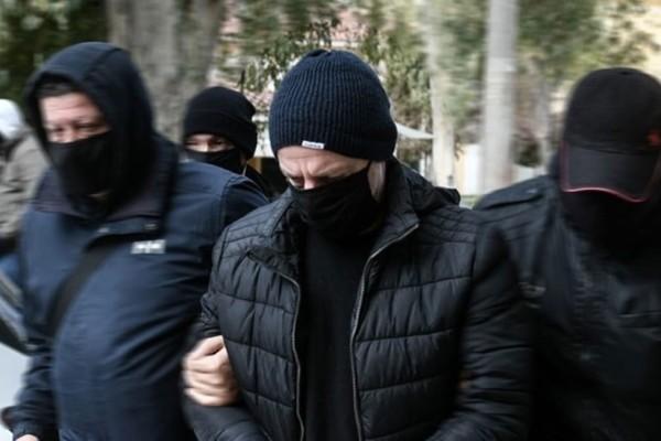 Δημήτρης Λιγνάδης: Στην ανακρίτρια οδηγήθηκε ο σκηνοθέτης - Εξελίξεις με την απολογία του