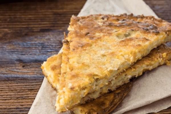 Μπατζίνα: H παραδοσιακή πίτα της Θεσσαλίας με κολοκυθάκια και φέτα που πρέπει να δοκιμάσετε!