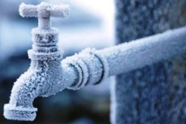Πολύ χρήσιμο: Πως να ξεπαγώσετε σωλήνες και να επιστρέψει το ζεστό νερό