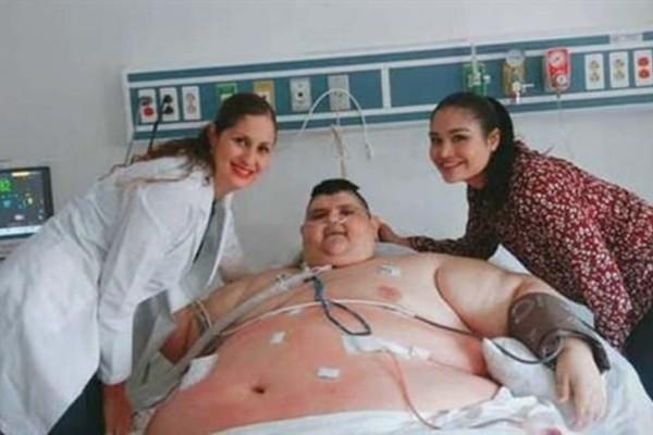 Ο παχύτερος άνθρωπος του κόσμου έχασε… 300 κιλά