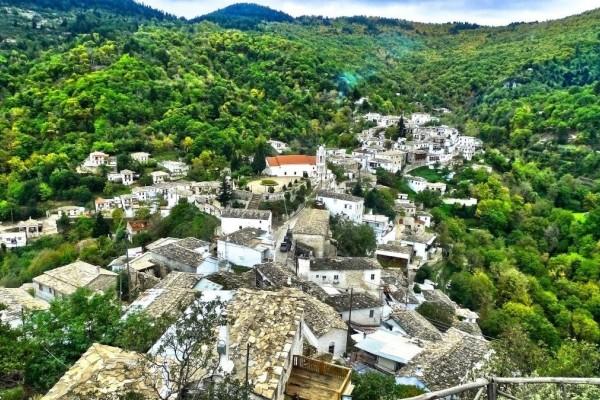 Πλάτανος Κυνουρίας: Το πανέμορφο χωριό του Πάρνωνα ανάμεσα σε καταρράκτες και πλούσια βλάστηση