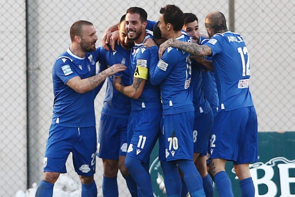 Super League: Πολύτιμη η νίκη της Λαμίας απέναντι στον Απόλλων Σμύρνης