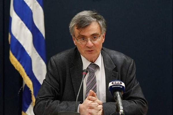 Η πανδημία «σκεπάζει» την Ελλάδα: Οι περιοχές εκτός Αττικής και Θεσσαλονίκης που ανησυχούν τον Τσιόδρα