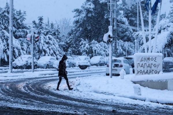 Κακοκαιρία «Μήδεια»: Μέχρι πότε θα χιονίζει στην Αττική