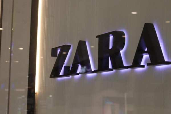 ZARA: Αγοράστε δερμάτινη τσάντα μόνο με 19,99€ από 59,95!