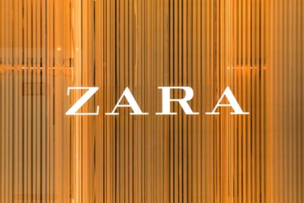 Zara: Ψηλόμεσο τζιν μόνο με 29,95€ - Έχει το απόλυτο χρώμα