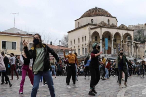 Διαμαρτυρία καλλιτεχνών σε Αθήνα και Θεσσαλονίκη