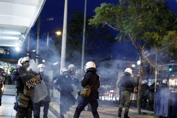 Επεισόδια στην Νέα Σμύρνη: Αποδείξεις… απουσιάζουν για τους αστυνομικούς
