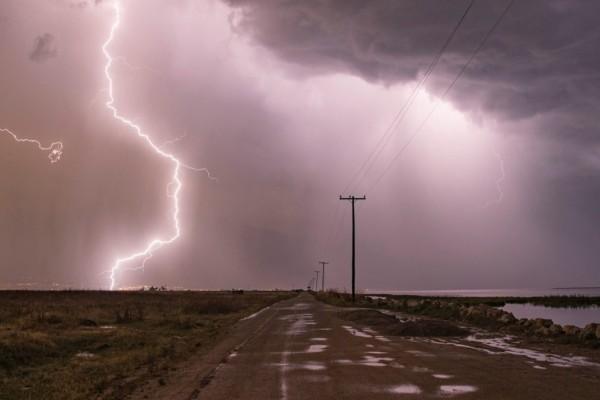 Έκτακτο δελτίο καιρού: Προσοχή… στον χαρταετό - Ισχυροί άνεμοι αλλά και καταιγίδες την Καθαρά Δευτέρα (15/3)