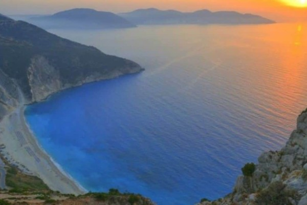 Έρευνα: 5+1 ελληνικές παραλίες που