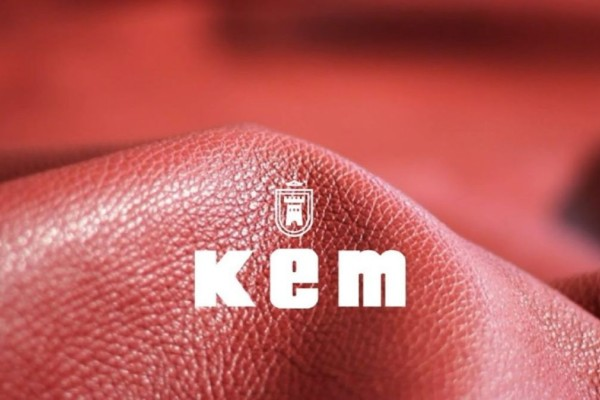 KEM: Κάντε δικό σας το πιο fashion item της σεζόν σε τιμή σοκ και απογειώστε τις καθημερινές σας εμφανίσεις