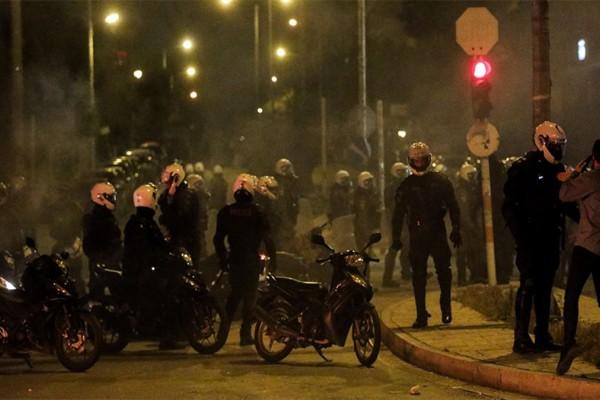 Νέα Σμύρνη: Σύλληψη και τρίτου ατόμου για την επίθεση στον αστυνομικό