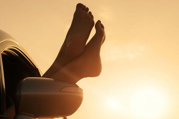 Πέντε σοβαρά προβλήματα υγείας που αποκαλύπτουν τα πόδια