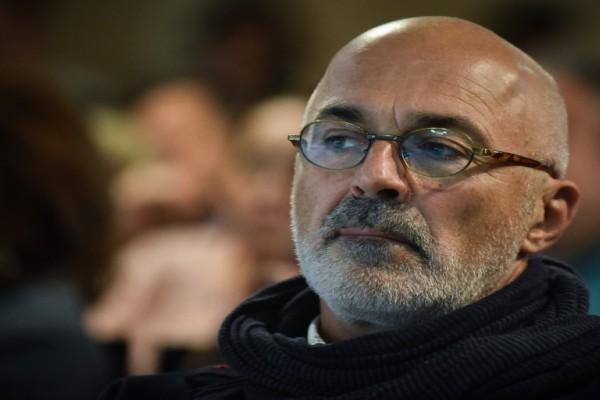 Στάθης Λιβαθινός: Παραιτήθηκε από τη Δραματική Σχολή του Εθνικού Θεάτρου