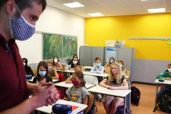 Κορωνοϊός: Κλειστά όλα τα σχολεία - Αλλάζουν και οι κανόνες για εκπαιδευτικούς-μαθητές