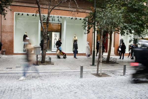 Λιανεμπόριο: Ανοίγουν τα μαγαζιά αύριο (05/04) - Τι ισχύει για click away και click inside;