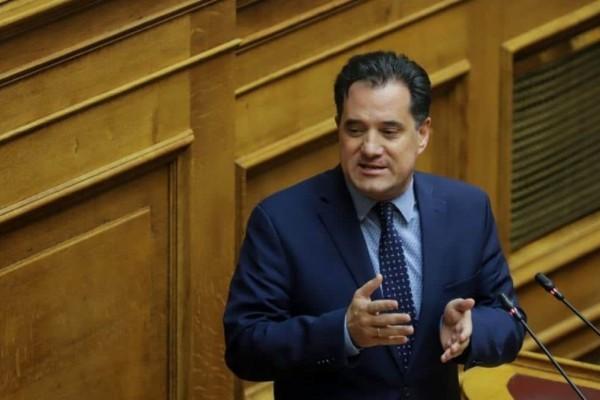 Γεωργιάδης: Εξετάζεται το ενδεχόμενο να ανοίξουν τα καταστήματα και στις