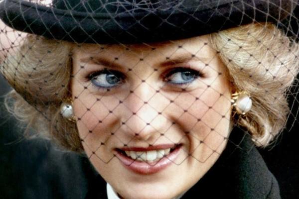 Η απαγορευμένη φωτογραφία της πριγκίπισσας Νταϊάνα που δεν έπρεπε να δημοσιευθεί!