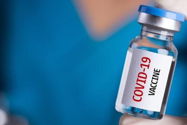 Κορωνοϊός: Ανοίγουν οι εμβολιασμοί για τις ηλικίες 30-39 ετών