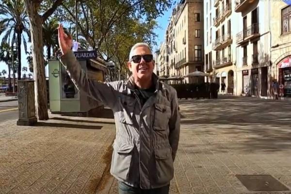 Εικόνες: Ο Τάσος Δούσης συνεχίζει το ταξίδι του στη μαγευτική Βαρκελώνη!