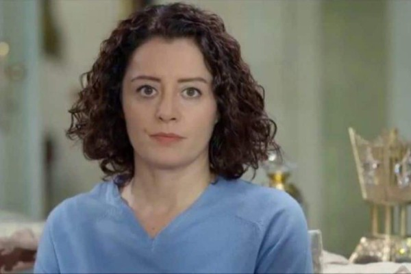 Elif: H Βιλντάν ανακοινώνει ότι παραιτείται!