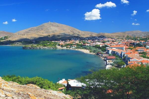Αποθέωση της Ελλάδας από την Daily Mail- Τα covid free νησιά του Αιγαίου