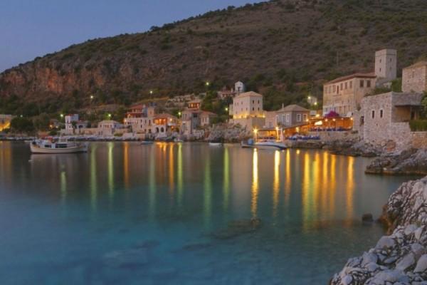 4+1 ελληνικά χωριά που αξίζει να επισκεφτείτε φέτος!