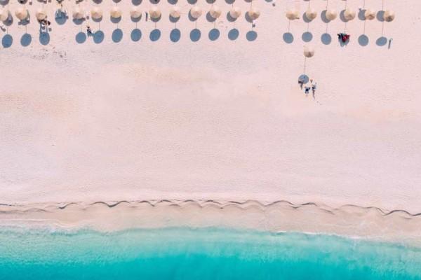9+1 ελληνικές παραλίες που θυμίζουν εξωτικά νησιά!